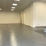 Pavimento in microcemento, con una finitura satinata,colore in tinta unita, Ral 7039 modificato